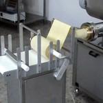 Автоматические прессы-тестомешалки, Машина макаронного